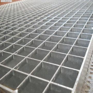 Gratare metalice zincate de la Akis Group