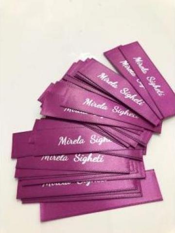 Etichete textile de brand