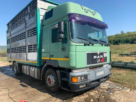 Camion MAN Silent 19463 + remorca transport animale vii de la Jinarul Srl