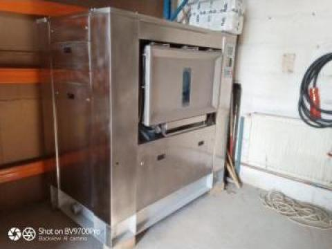 Masina spalat industriala Electrolux 47 kg de la S.c. Dewal Invest S.r.l.