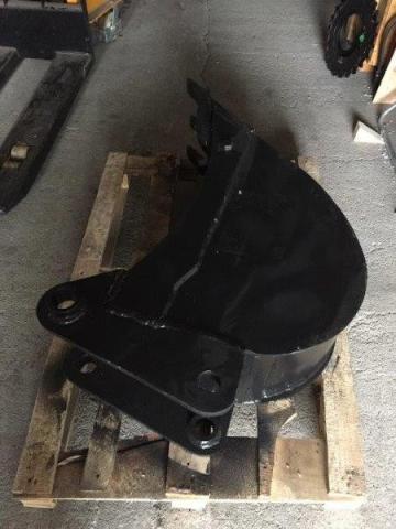 Cupa miniexcavator Takeuchi TB035, TB135, TB051 - 750mm de la Intrapart Company Srl