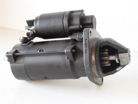 Electromotor utilaj Komatsu de la Intrapart Company Srl