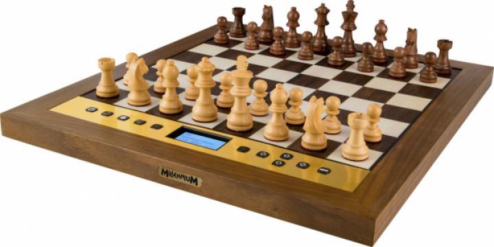 Computer de sah The King Performance de la Chess Events Srl