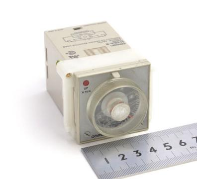 Timer Omrom H3BA 8 5A 230Vac de la Kalva Solutions Srl