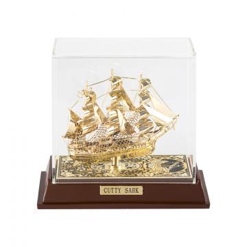 Decoratiune Corabie Cutty Sark incrustata cu fir de aur de la Luxury Concepts Srl
