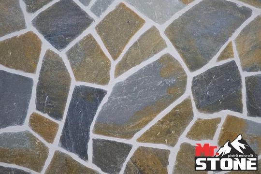 Mozaic White tumbled 4,8 x 4,8cm de la Antique Stone Srl