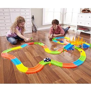 Jucarie pista pentru curse masinute Magic Tracks
