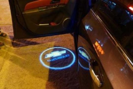 Proiectoare laser logo auto Chevrolet de la Thegift.ro - Cadouri Online