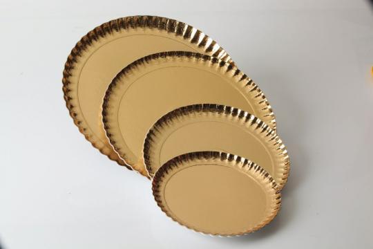 Farfurii groase carton auriu 28cm de la Cristian Food Industry Srl.