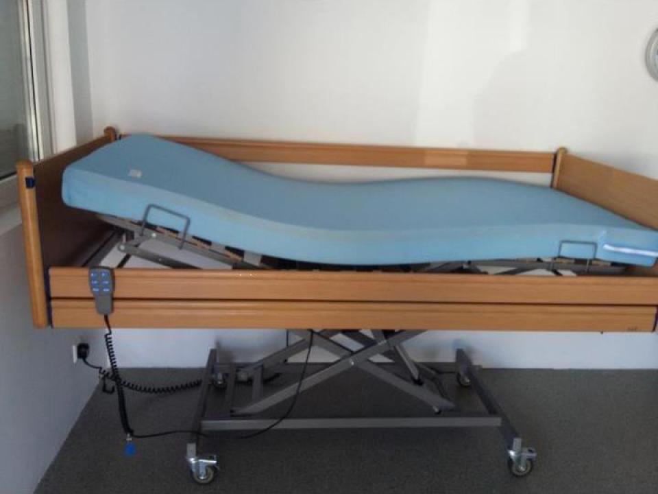 Pat automatizat pentru spital, azil, paralizati, batrani