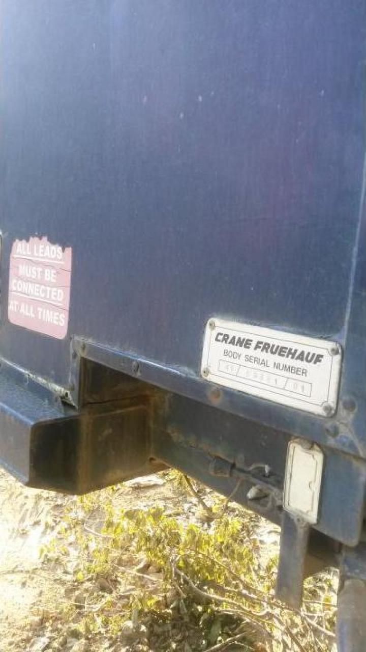 Semiremorca trailer Crane Feuhauf