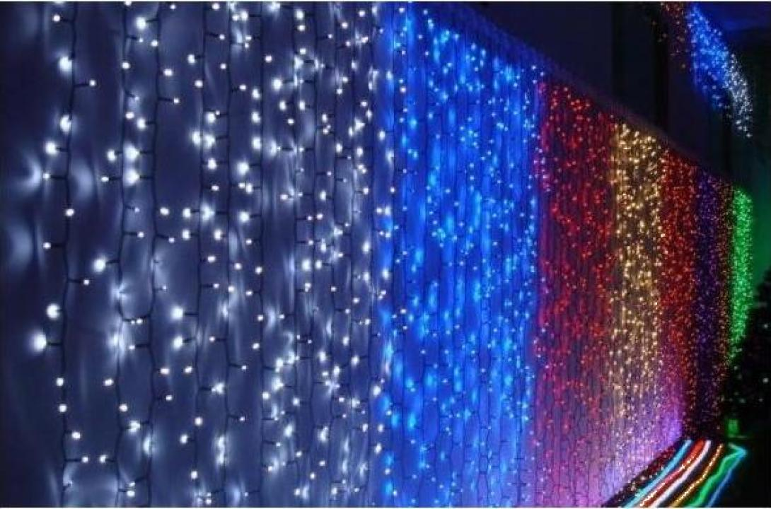 Instalatii de Craciun exterior perdea luminoasa cu led-uri