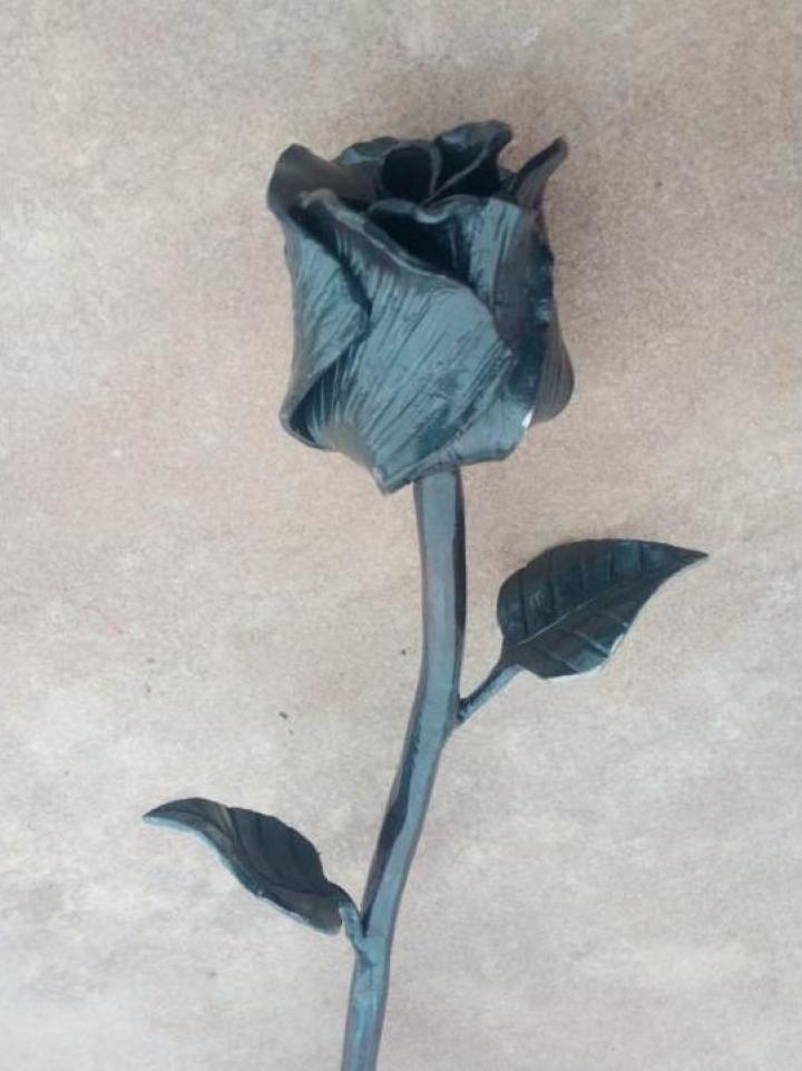 Floare fier forjat, trandafir