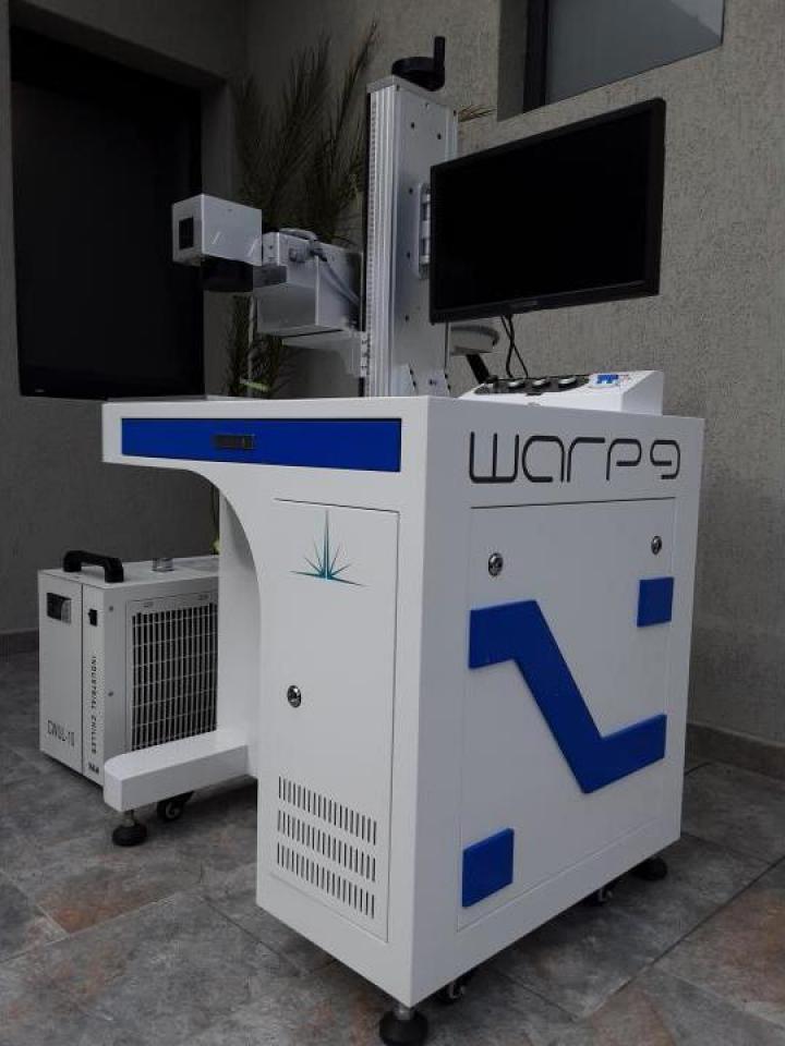 Masina de gravat laser UV