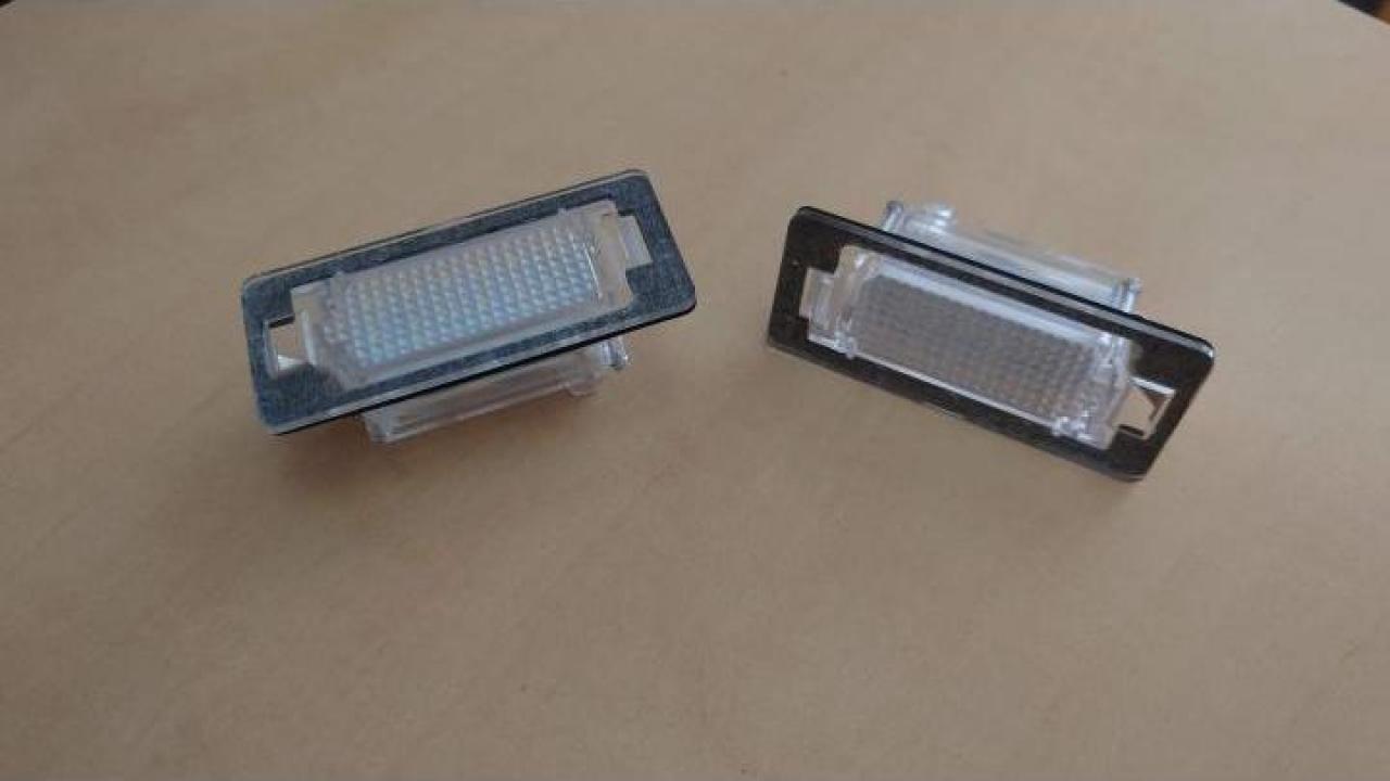 Lampi numar inmatriculare cu led gama BMW E39 M5 E70 E71 X5